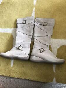 Roberto Vianni  beige suede knee length boots size 4uk 37 Eu