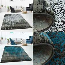 Tapis bleu en polyester pour le salon