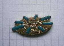 OPEL OMEGA  / Presse Pin von Genf 1995 .........Auto-Pin (105f)