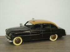 Ford Vedette Taxi - Dinky Toys 24X France *45058