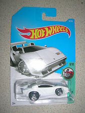 RARE HOT WHEELS LAMBORGHINI COUNTACH IN WHITE LONG CARD