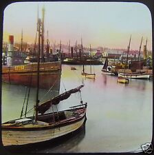 Glass Magic Lantern Slide LOWESTOFT FISHING BOATS C1910 ENGLAND STEAM SHIPS