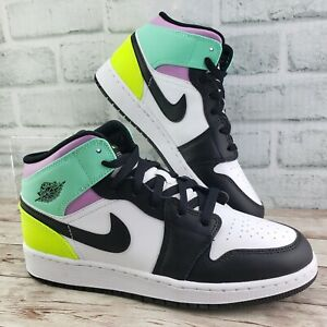 Nike Air Jordan 1 Mid Black Volt Green Glow 554725-175 GS SZ 6Y / Womens SZ 7.5