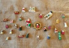 28 x Mini Christmas Decorations For Small Tree Resin Plastic Snowman Sledge F2/A