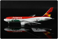 COLOMBIA Avianca B767 Passenger Airplane Dragon Wings Diecast Model Collection