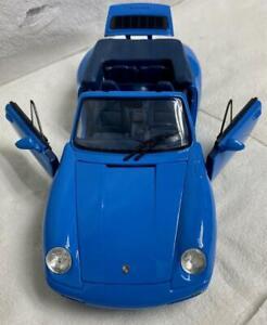 Gorgeous Maisto 1994 Porsche 911 Carrera Cabriolet Riviera Blue 1/18 Scale