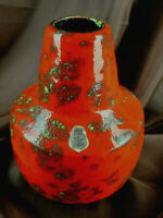 ES KERAMIK wunderschöne bauchige Vintage Vase rote Glasur mit Einschmelzungen