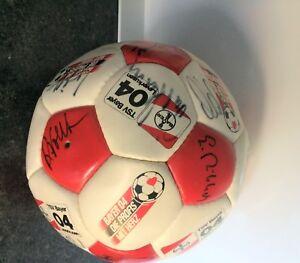 Lederball mit Unterschriften Bayer o4 Leverkusen