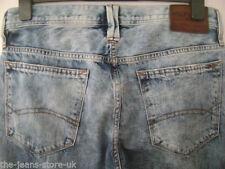 Tommy Hilfiger Men's Regular 32L Classic Fit, Straight Jeans