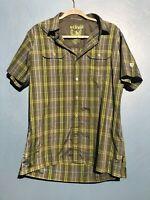 Kuhl Eluxur Mens Medium Button Down Short Sleeve Shirt Hiking Shirt Plaid Green