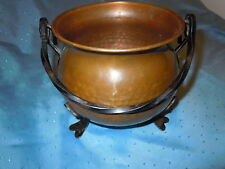 VINTAGE OLD HAMMERED COPPER KETTLE BUCKET PLANTER IRON HANDLE FOOTED QUALITY