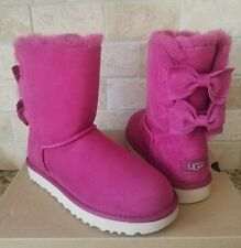 UGG MEILANI SUEDE BAILEY BOW LONELY HEARTS PINK SHORT BOOTS SIZE US 7 WOMENS NIB