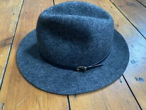 CLUB MONACO New York hat grey wool size M 58.5 cm trilby 58 lightweight