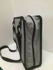 Staples Gray 25 Double Ring Zipper Binder 900 Sheet Backpack Strap Amp Handle