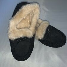 Old Navy Black And Tan Fuzzy Moccasins Slippers Size 8