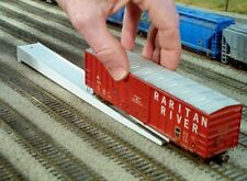 Rix Rail-it Portable Ramp HO Scale, Rail all the wheels on the track easily!