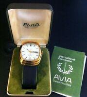 Vintage Avia Swiss Automatic 23 Jewels Incabloc Watch. 1980. Good working order.