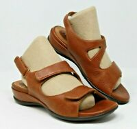 Clarks Artisan Size 7 M Brown Leather Hook & Loop May Jane Comfort Sandals