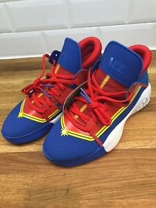 Adidas Pro Vision J Captain Marvel Avengers Basketball Shoes Sz 5 EG2628