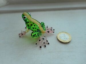 FROG - BEAUTIFUL - COLOURFUL -  MINIATURE GLASS  FROG - GREEN/PINK/BLACK