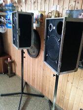 2 Gesangsboxen 100 Watt mit 2 x Hochständer