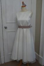 Custom Made Demoiselles D'honneur Blanc Ivoire robe sans manches Vera Wang Ruban Taille 12