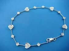 CHARMING 14K WHITE GOLD HEART MOTIF 0.50CT T.W., DIAMOND BRACELET, 7 INCHES LONG
