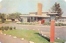 Wilmington Delaware Tourinns Motor Courts~Restaurant Postcard c1960s