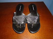 NWOT Womens Size 10 Pierre Dumas Silver Gray Strappy Slip On Sandal Heels