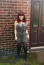 Beautiful Ladies Short Dress Shoulder Strap Zip Front Size M/L Kinky Pink UK