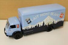 RENAULT FAINEANT camion truck LAIT MONT BLANC 1955 1:43 Ixo
