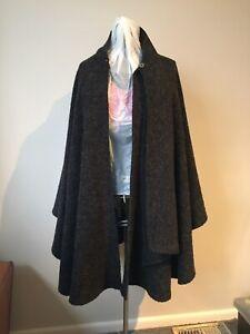 EXC COND! Size 30/32 Hodgson warm dark grey cape
