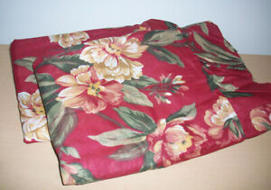 NEW Set of 2 Magnolia Floral Standard Sz Ruffle Pillow Shams Burgundy Maroon Red