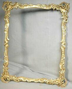 Vintage Louis XV Antique French Gilt Finish 14x11 Picture Frame Gesso Wood Leaf