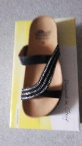 """Chaussures femme pointure 38 neuves """"Scholl"""""""