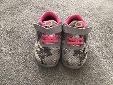Bebé Niño Chicas Nike Zapatillas Zapatos Calzado Infantil Tamaño 5.5 5 1/2 Rosa Gris