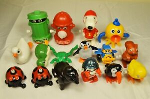 Lot of 17 Vintage Wind-Up Plastic Toys Mostly TOMY Late 1970's-1980's Robot