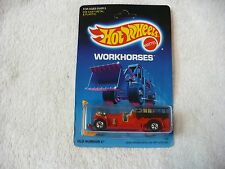 QS- HOT WHEELS OLD NUMBER 5 ANTIQUE FIRE TRUCK  #34256  (UNPUNCHED CARD PACKAGE)