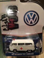 Greenlight  Vee Dub 1975 Volkswagen Type 2  Ambulance