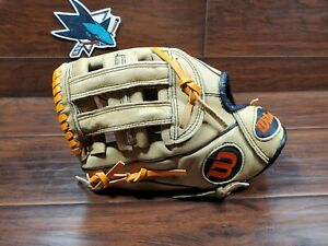 """Wilson A450 11"""" Youth Baseball Softball Glove Left Hand Throw Pre Owned Leather"""