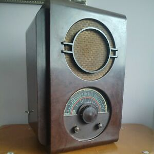 VERY RARE DECO EKCO RADIO U.A.W.78 C. 1937 MISHA BLACK. UNTESTED. LOVELY DESIGN.