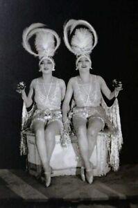 POSTCARD / James ABBE / The Dolly Sisters, Paris sans voiles, 1923