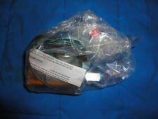 NEW IN BOX VERSA ESM8302-33HA120 TWO-WAY SOLENOID VALVE 0-150PSIG 8.7 WATT 38VDC