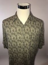 Pierre Cardin Tan Brick Pattern 100% Rayon Large Short Sleeve Button Up P110