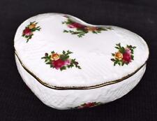 Vintag ROYAL ALBERT Bone China England OLD COUNTRY ROSES Heart Shape Trinket Box