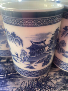 6 X Blue & White Mugs Willow . UNUSED