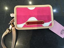 NWT Juicy Couture New & Gen. Pink Canvas Zip Around Wristlet With Juicy Logo