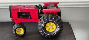 Vintage Tonka John Deere Tractor Xmb-975 - Red