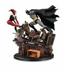 Figurine batman avec Harley Quinn