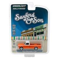 """Greenlight Hollywood Series 26: 1971 Chevy C-10 """"Sanford & Son"""" 1/64 Scale"""